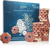 LAVODIA 30x Premium Zedernholz Ringe gegen Kleidermotten, Zeder Blumen als natürlicher Mottenschutz im Kleiderschrank, chemiefreie Mottenfalle gegen Kleider Motten, 30 Zedernholzringe