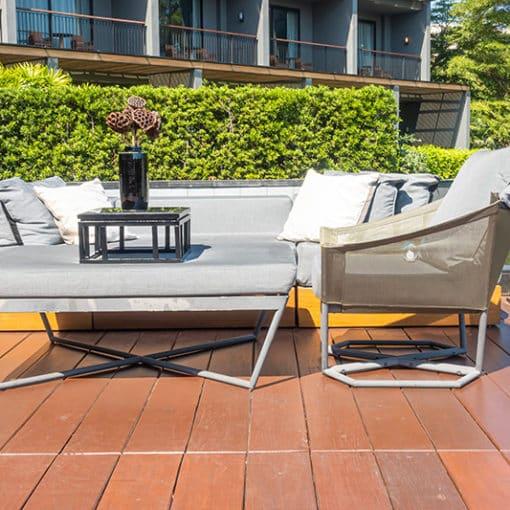 Zedernholz für die Terrassendielen - attraktiv und gesund