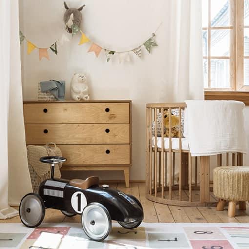 Warum Zedernholz im Kinderzimmer eine gute Wahl ist